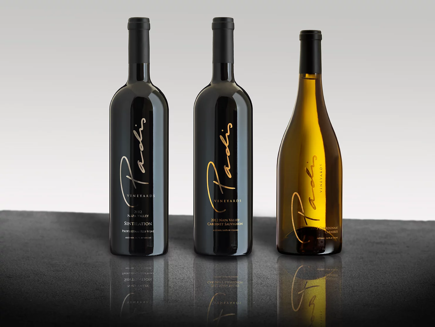 Product Image for Padis Vineyards Signature Gift Wine with Pearl Earrings